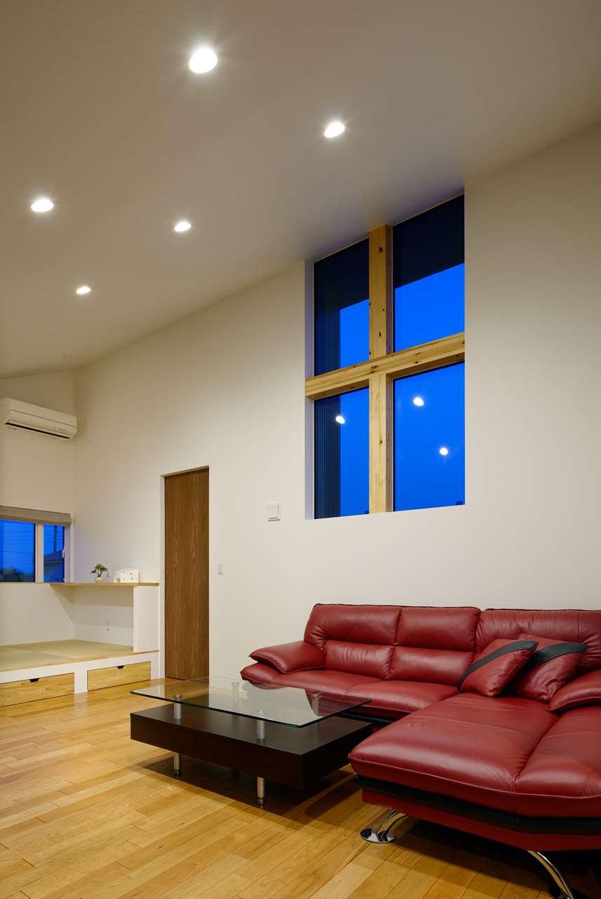 龍ヶ崎市の新築一戸建てのリビングと窓