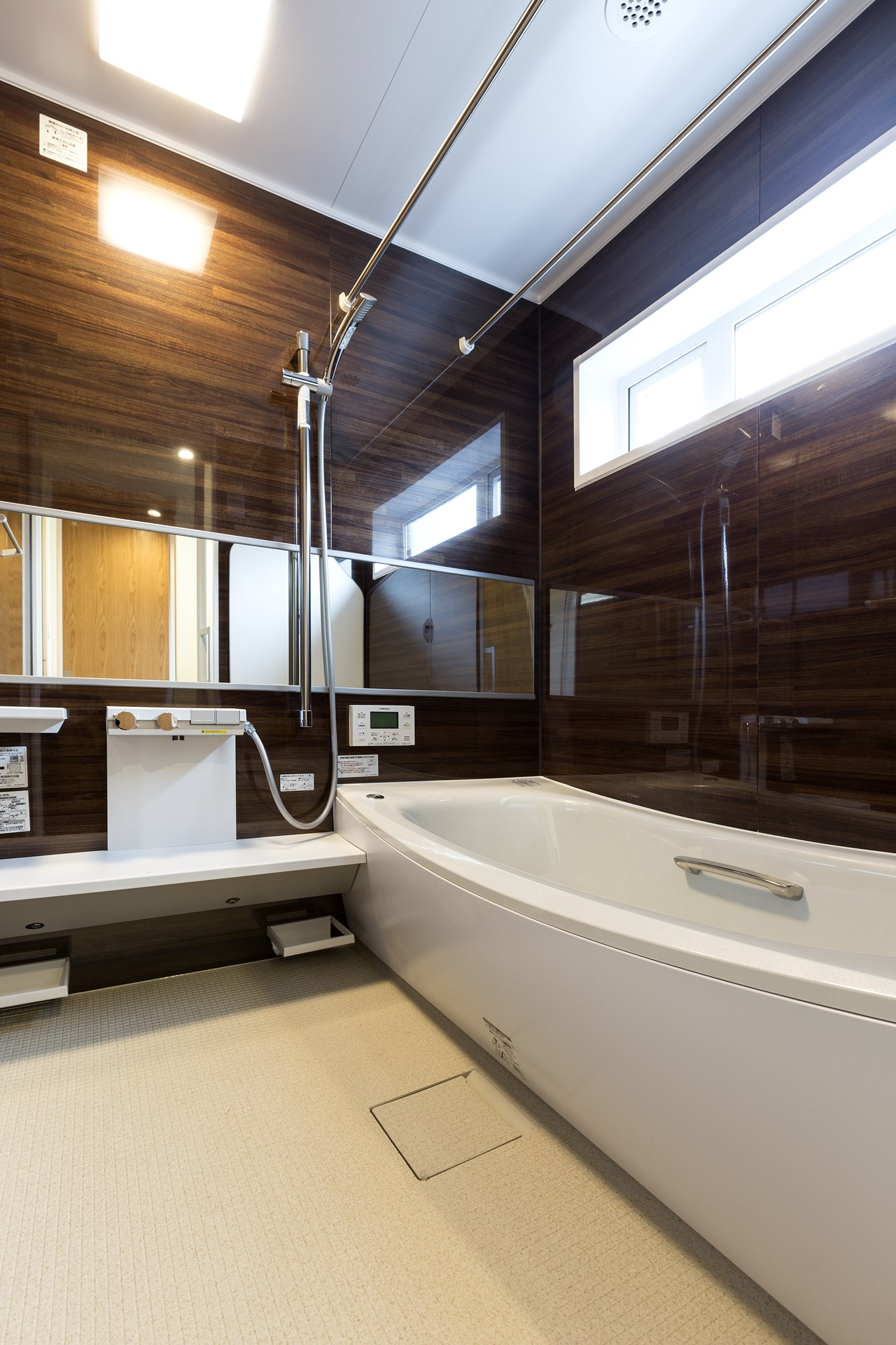 つくば市の桜の見える新築一戸建ての浴室