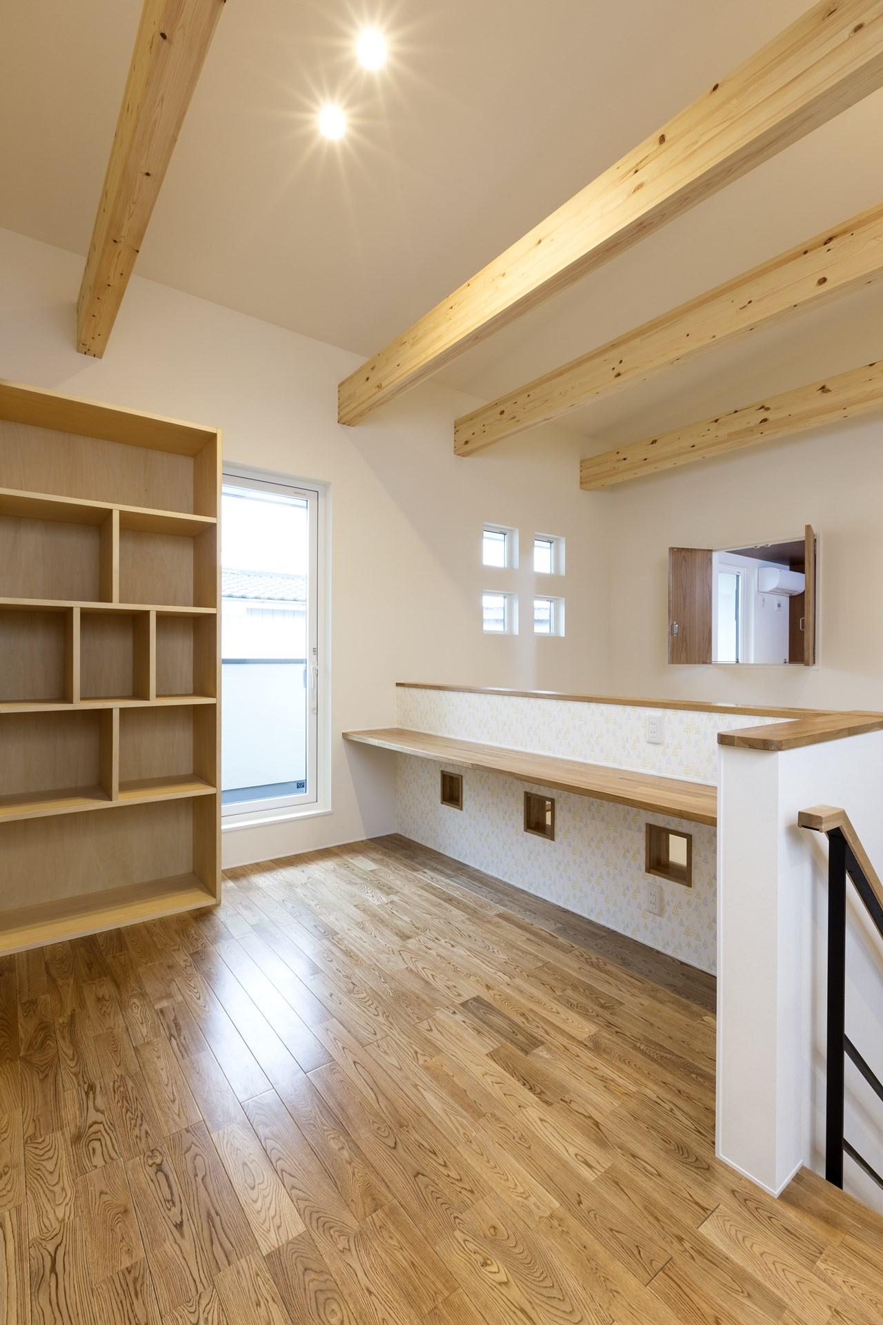 つくば市の桜の見える新築一戸建ての書斎