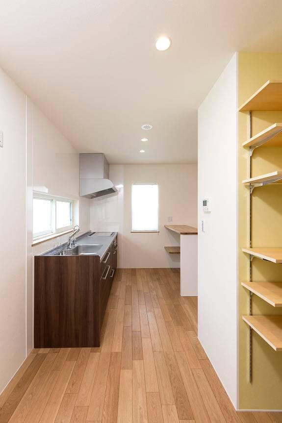 つくば市でデザイン性の高い家のキッチン