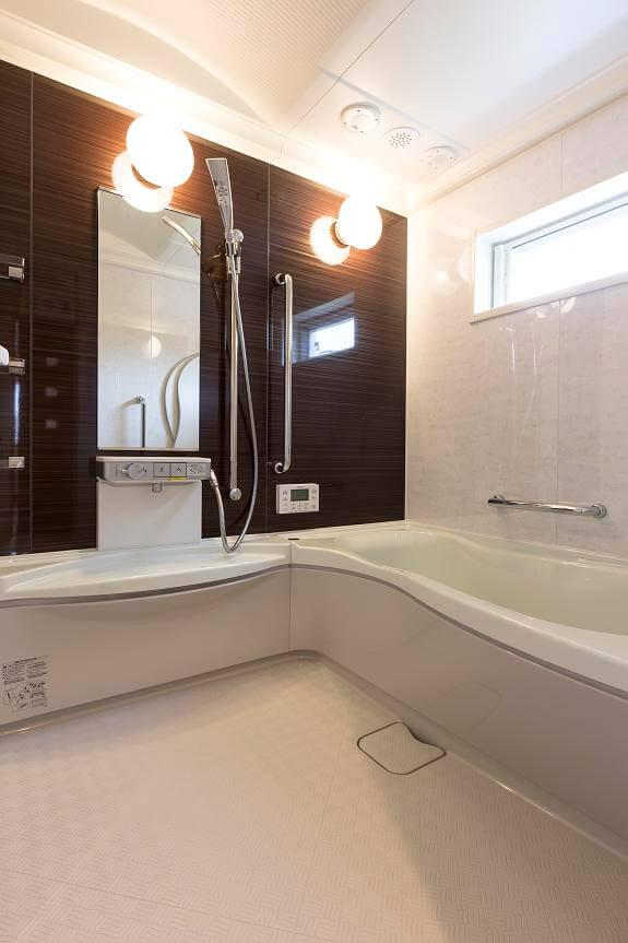 つくば市でデザイン性の高い家の風呂場