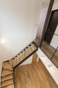 土浦市の新築一戸建ての鉄骨階段